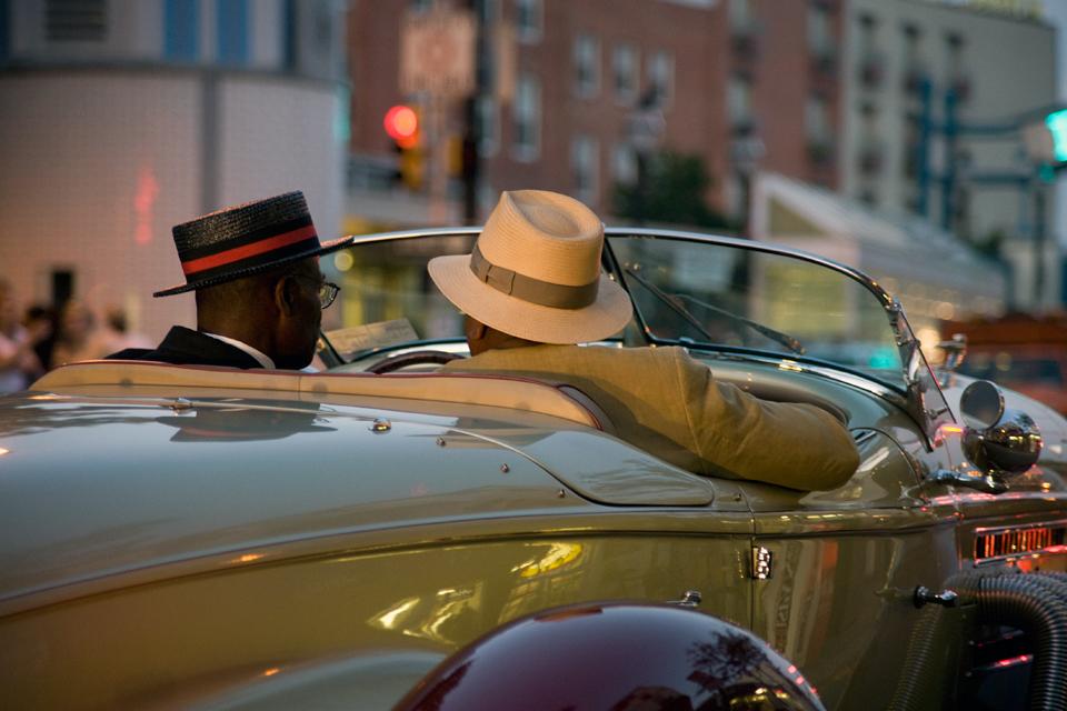 """annuaire photographes suisse romande, Photo primée au concours TPG-2012; thème """"Ensemble...dans le luxe"""" - http://www.ketsio.com - Ketsio de Genève"""