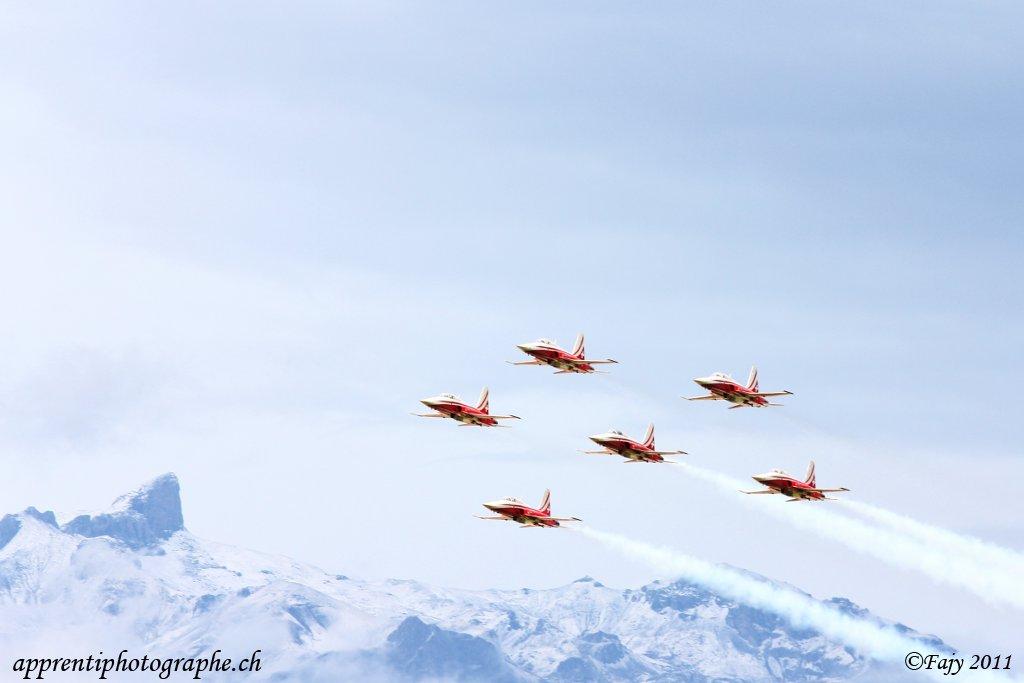 annuaire photographes suisse romande, Sion Airshow 2011, Patrouille Suisse sur F5-Tiger - http://www.apprentiphotographe.ch - Fajy de Villeneuve