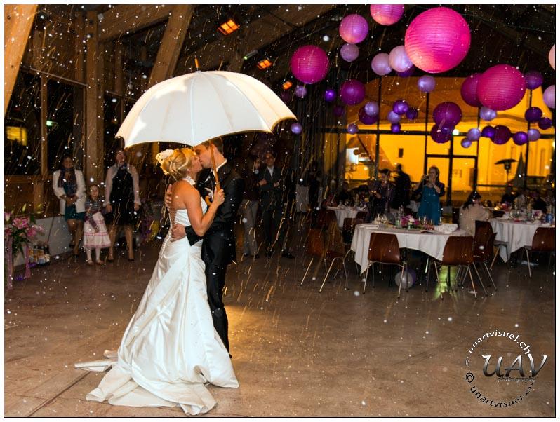 annuaire photographes suisse romande, Un magnifique mariage, de la joie et de la bonne humeur a volonté, des mariés ravi - http://unartvisuel.ch - unartvisuel de Genève