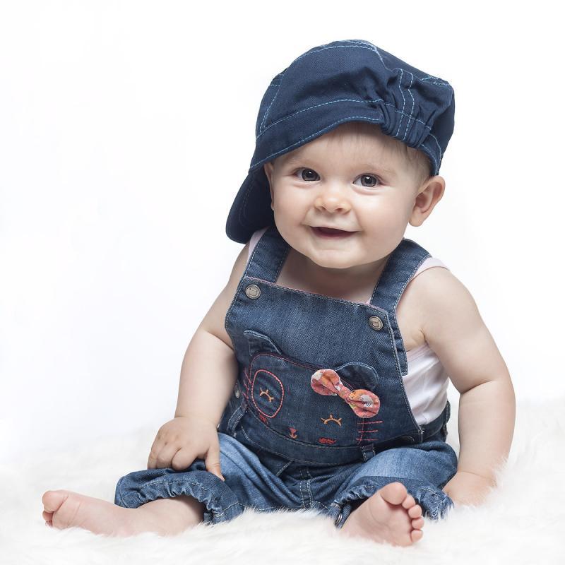 annuaire photographes suisse romande, photo de bébé - http://www.photo-studio15.ch - Olivier Majhen de Ardon