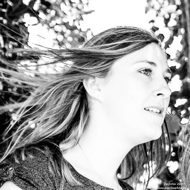 annuaire photographes suisse romande, Sophie   Portrait B.W. - http://pajordanphotos.jimdo.com/ - Pascal de COLLONGES SOUS SALEVE