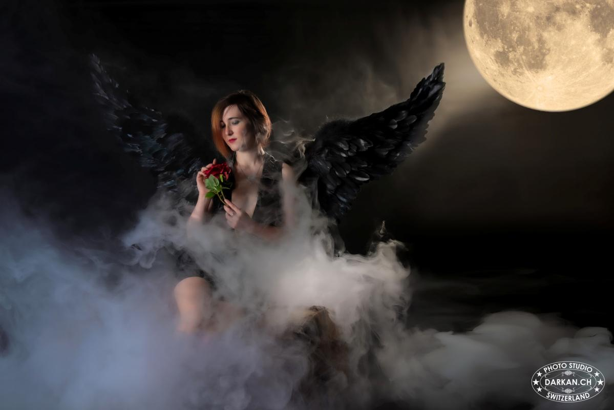 annuaire photographes suisse romande, DARKAN - Ange un soir de pleine lune - http://www.darkan.ch - DARKAN de Neuchâtel