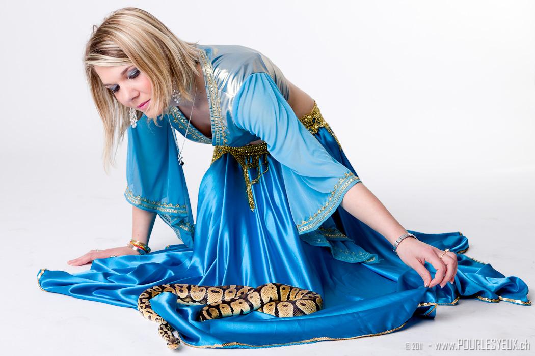 Elodie : Je tiens à dire que ce serpent était un vrai et que j'avais très peur ! :), www.pourlesyeux.ch, annuaire photo modele