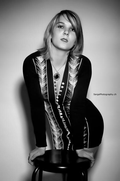 Elodie : , www.sergephotography.ch/index.html, annuaire photo modele