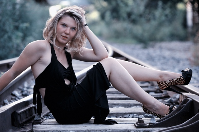 Elodie : 2012 - Photo de Philippe KARA-AGOP // Annecy, www.agopian-studio.com, annuaire photo modele