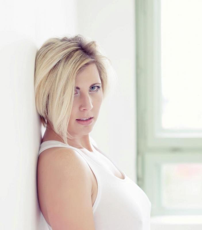 Blondy : White'daylight 2012, ns:F. Queloz, annuaire photo modele