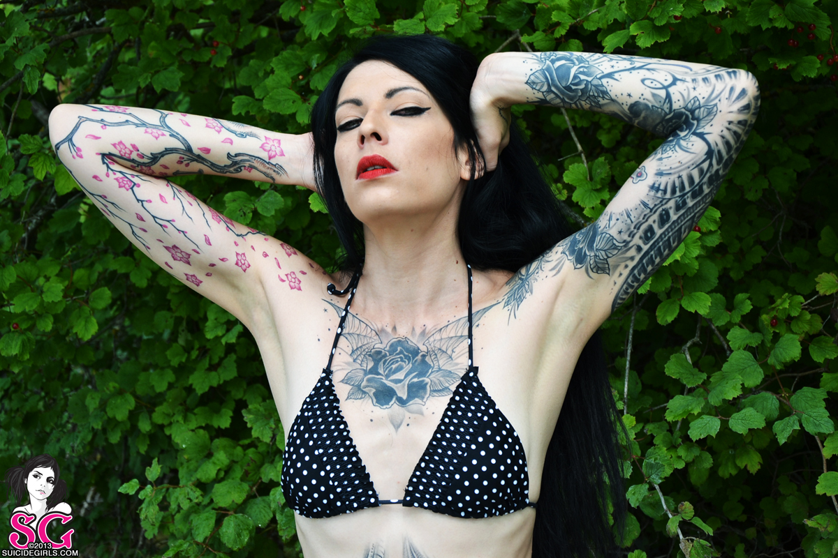 Nemesis : Nemesis, new model Suicide Girls 2014, https://suicidegirls.com/members/nemesisnoir, annuaire photo modele