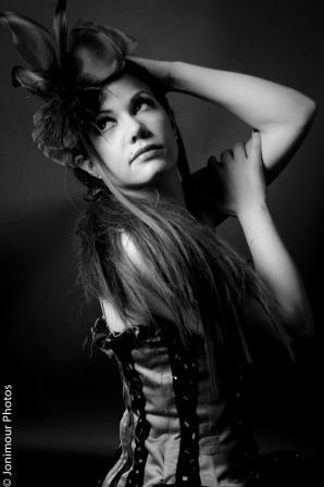 Valerie : Charms of the Boudoir, ns:Jonathan Mourelle, annuaire photo modele