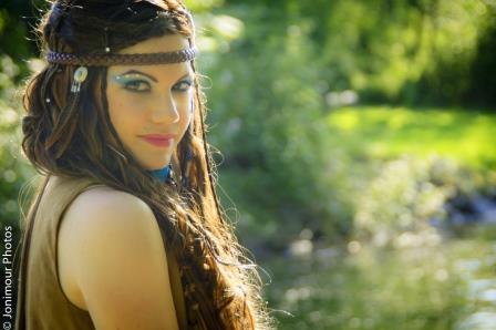 Valerie : Indiann, ns:Jonathan Mourelle, annuaire photo modele