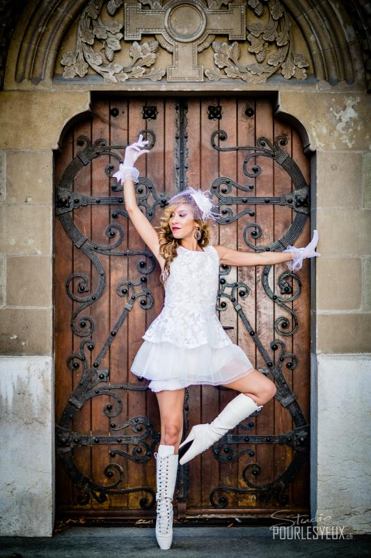Jenny :  White ballet, www.pourlesyeux.ch, annuaire photo modele