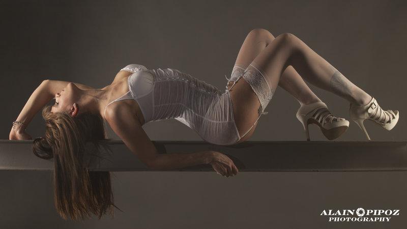 Mas Jersey : Un peu de souplesse et de l'équilibre, ns:Alain Pipoz, annuaire photo modele