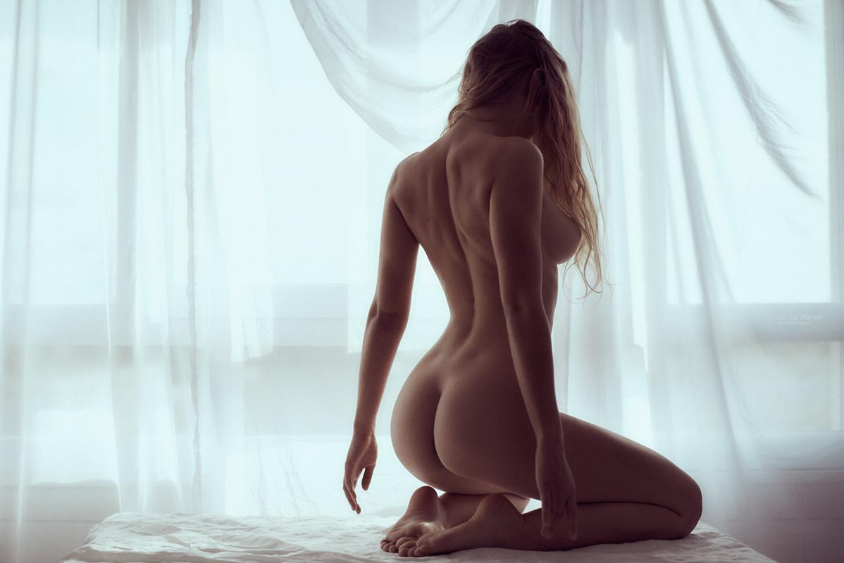 Amedea :  , ns:Venus au Miroir , annuaire photo modele