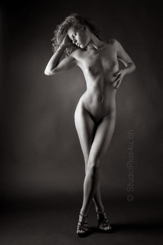curlyandblond :  , ns:Charles Moraz, annuaire photo modele
