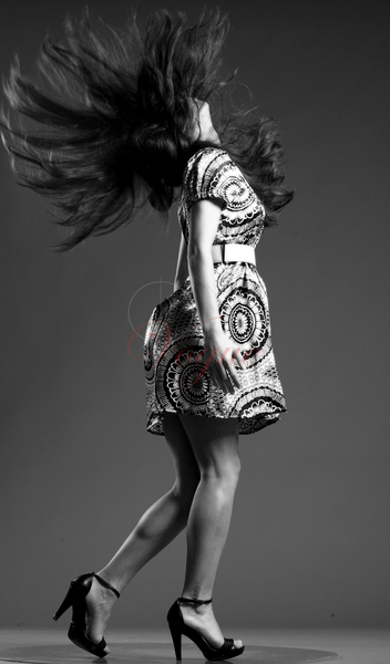 Alina : White and Black - Blanc et noire, ns:Dragos Cristescu, annuaire photo modele