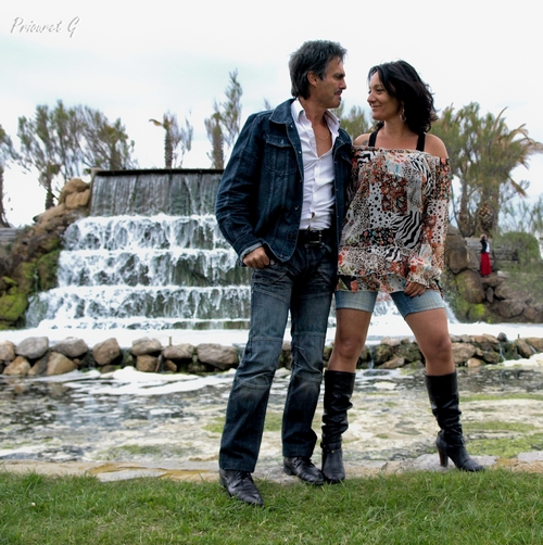 Duo couple au jardin de Palavas les Flots ( France) par Amenothes de http://amenothes.jalbum.net/Photographe%20portraitiste/