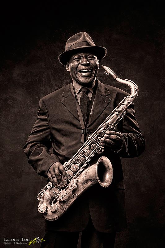 annuaire photographes suisse romande, loren-lee-saxophonist-black - http://www.spiritofmovie.com - Lorens Lee de Genève
