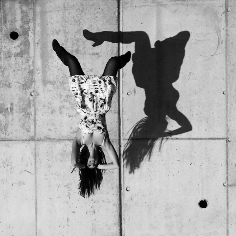 annuaire photographes suisse romande, Ketsio est 13e sur 35 finalistes au concours européen de la photo de nu 2012, modèle Jennifer Picci, Lausanne - http://www.ketsio.com - Ketsio de Genève