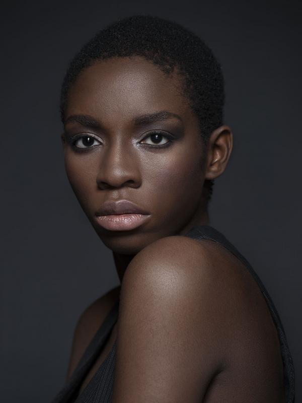 annuaire photographes suisse romande, Model Noémie Bétrix - http://www.photo-studio15.ch - Olivier Majhen de Ardon